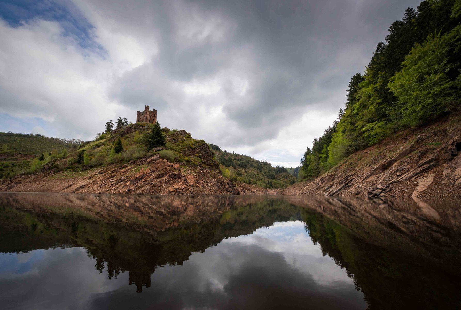 Chateau d'Alleuze - Auvergne - Bugnat Photos