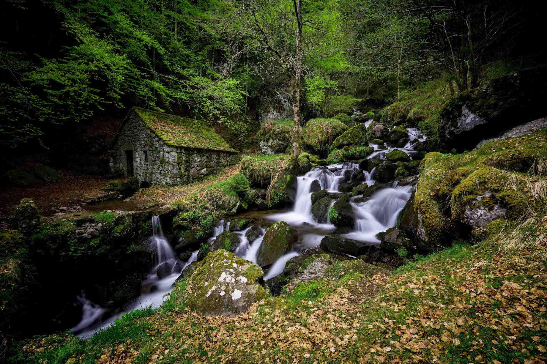 Moulin de Chambeuil - Auvergne - Bugnat Photos