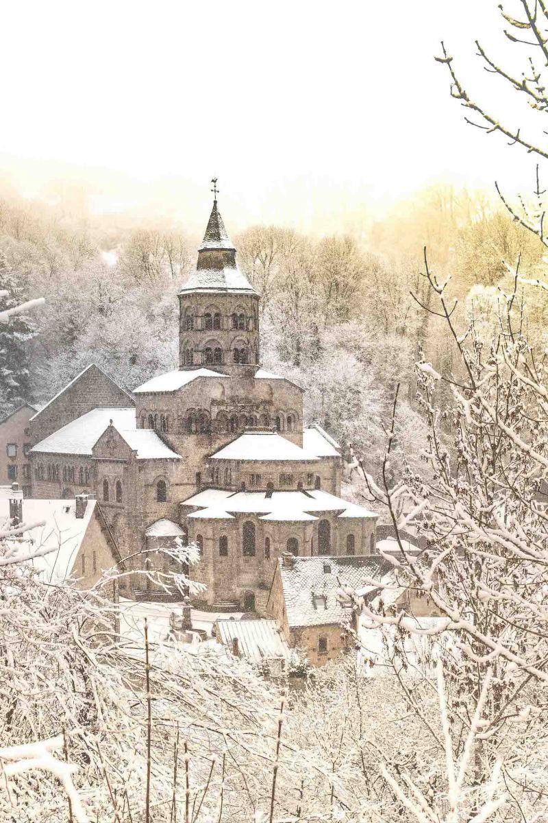 Orcival - Auvergne - Bougnat Photos